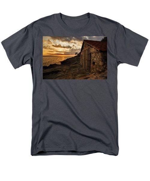 Cunski Beach At Sunrise Men's T-Shirt  (Regular Fit) by Ian Middleton