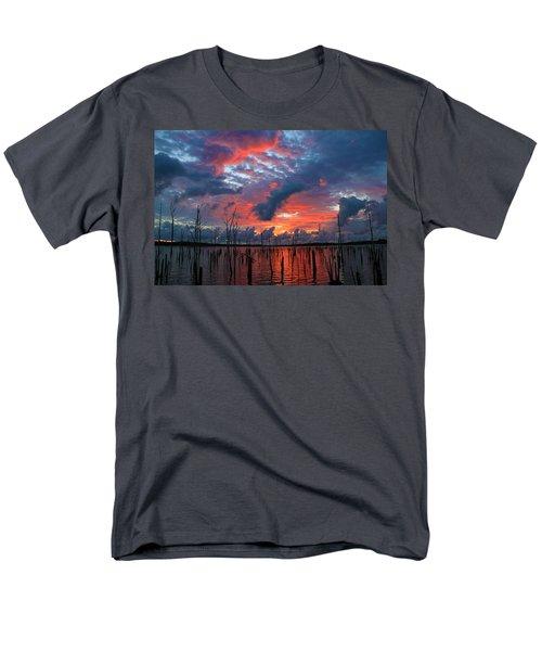 Early Dawns Light Men's T-Shirt  (Regular Fit) by Roger Becker