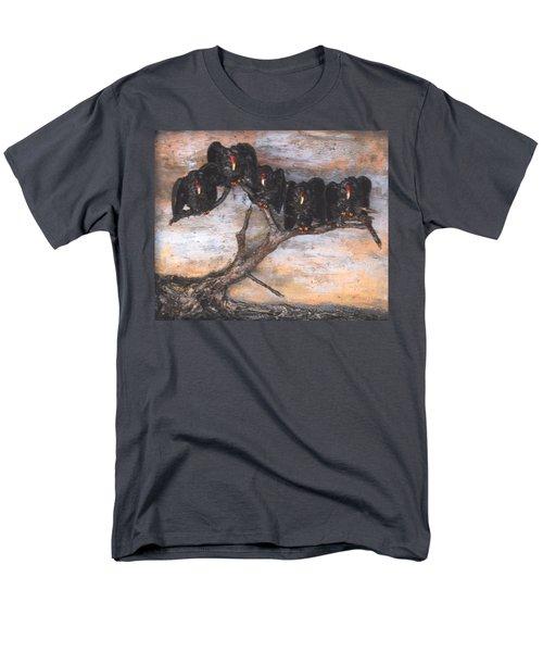 Five Vultures In Tree Men's T-Shirt  (Regular Fit)