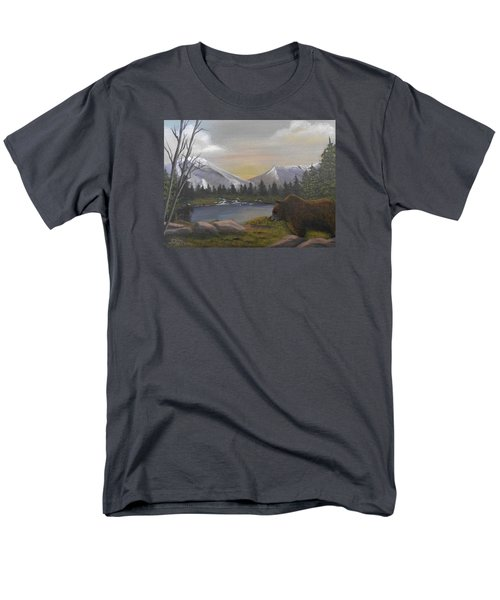 Ghost Bear-the Cascade Grizzly Men's T-Shirt  (Regular Fit) by Sheri Keith