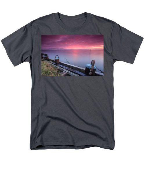 Greenbury Point Sunrise Men's T-Shirt  (Regular Fit)