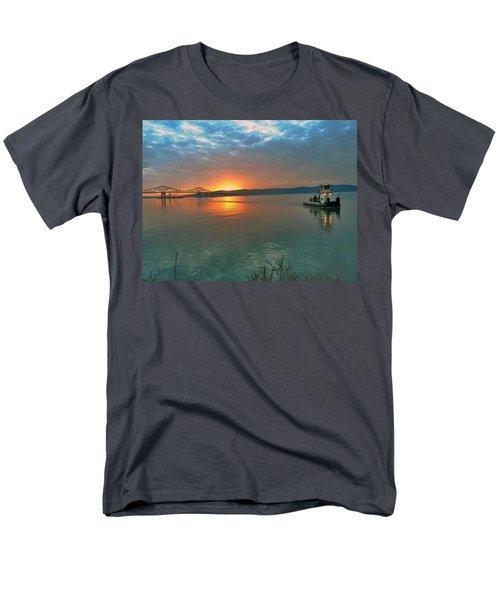 Hudson River Sunset Men's T-Shirt  (Regular Fit) by Jeffrey Friedkin