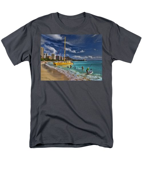 Idyllic Waikiki Beach Men's T-Shirt  (Regular Fit) by David Smith