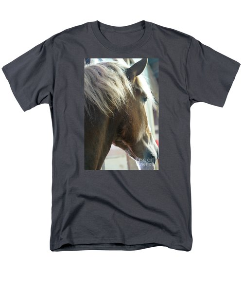 Men's T-Shirt  (Regular Fit) featuring the photograph In His Farthest Wanderings Still He Sees by Linda Shafer