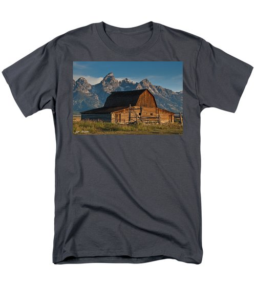 Men's T-Shirt  (Regular Fit) featuring the photograph John And Bartha Moulton Barn by Jeff Goulden