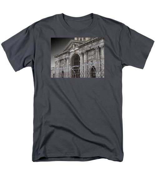 Keep Out Men's T-Shirt  (Regular Fit)