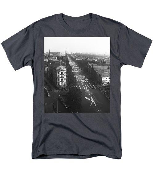 Ku Klux Klan Parade Men's T-Shirt  (Regular Fit) by Underwood Archives