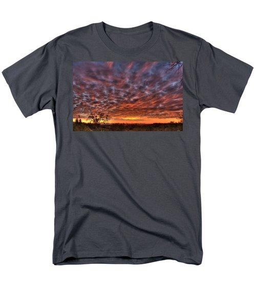 Last Light In Oracle Men's T-Shirt  (Regular Fit) by Tam Ryan