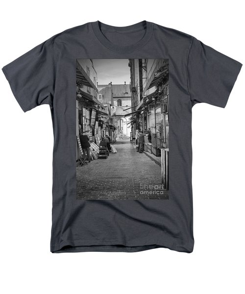 Les Artistes Men's T-Shirt  (Regular Fit) by Eunice Gibb