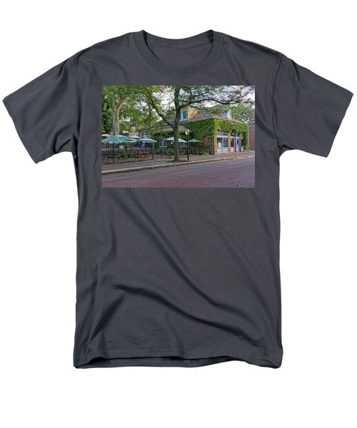 Little Hills Winery St Charles Mo Dsc00879  Men's T-Shirt  (Regular Fit) by Greg Kluempers