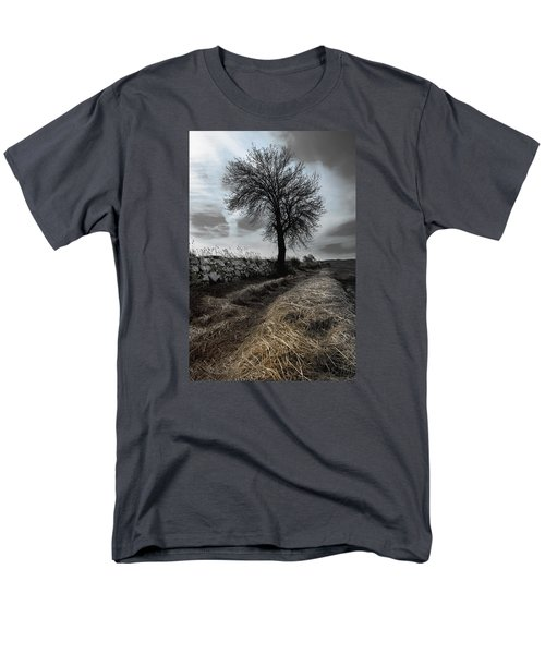 Men's T-Shirt  (Regular Fit) featuring the photograph Lone Tree by Edgar Laureano
