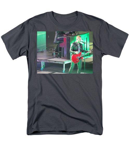 Matthew West At Winterjam Men's T-Shirt  (Regular Fit) by Aaron Martens