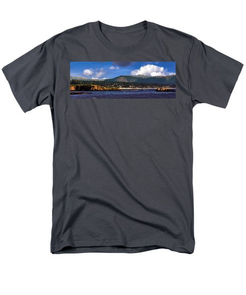 Monterey Bay California Men's T-Shirt  (Regular Fit)