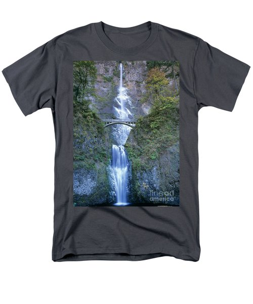 Multnomah Falls Columbia River Gorge Men's T-Shirt  (Regular Fit) by Dave Welling