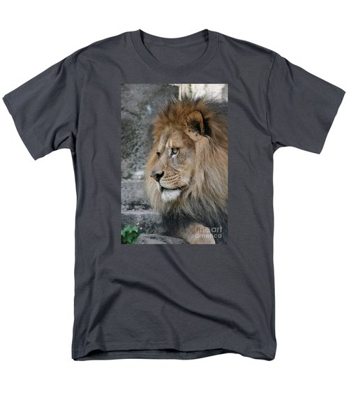 Men's T-Shirt  (Regular Fit) featuring the photograph Onyo #11 by Judy Whitton