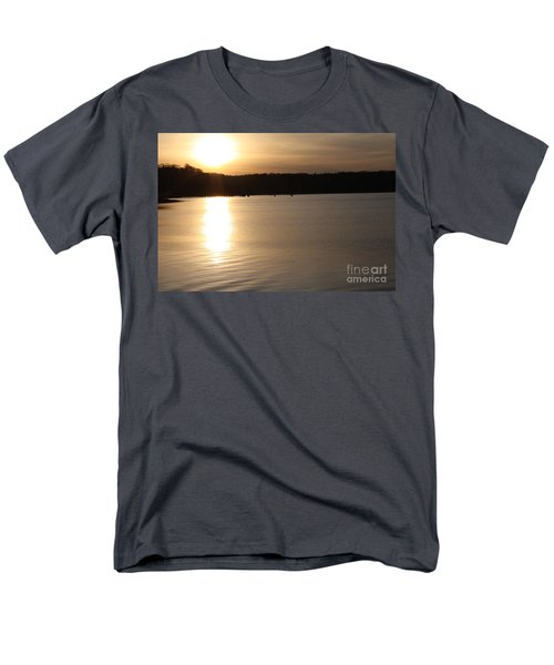 Oyster Bay Sunset Men's T-Shirt  (Regular Fit) by John Telfer