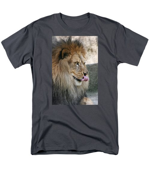 Men's T-Shirt  (Regular Fit) featuring the photograph Pbbbt by Judy Whitton