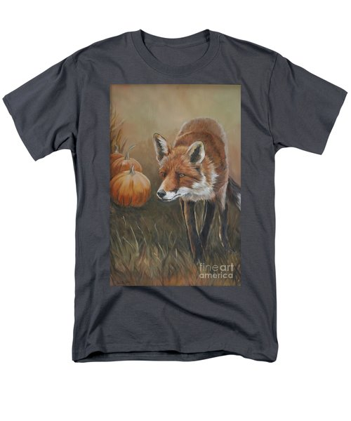 Red Fox With Pumpkins Men's T-Shirt  (Regular Fit)