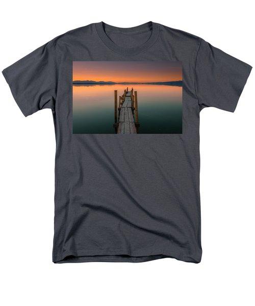 Salton Sea Dock Men's T-Shirt  (Regular Fit)