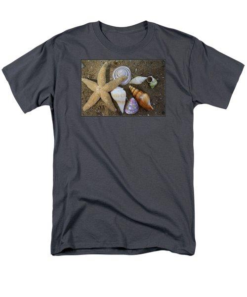 Seashells And Star Fish Men's T-Shirt  (Regular Fit)