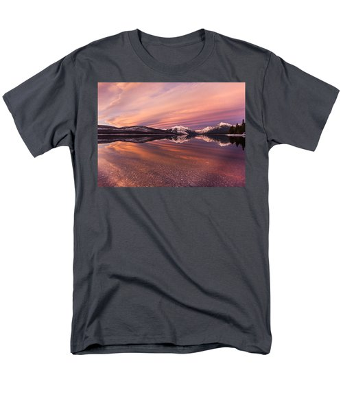 Setting On Glacier Men's T-Shirt  (Regular Fit)