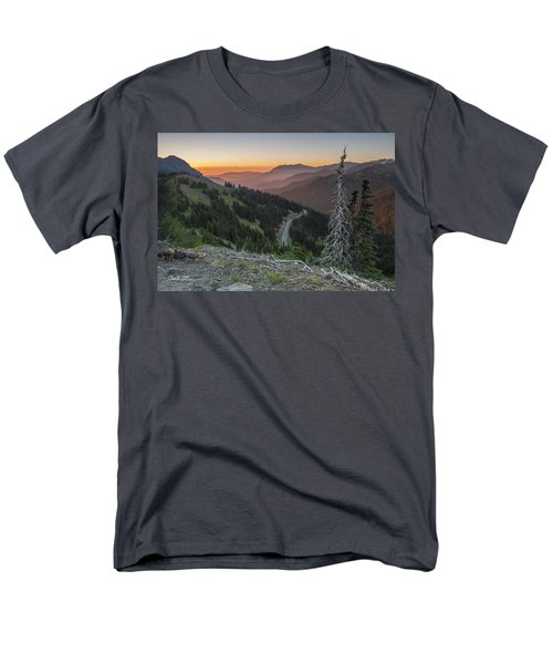 Sunrise At Hurricane Ridge - Sunrise Peak Men's T-Shirt  (Regular Fit)