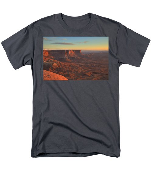 Men's T-Shirt  (Regular Fit) featuring the photograph Sunset At Canyonlands by Alan Vance Ley