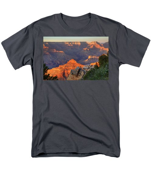 Men's T-Shirt  (Regular Fit) featuring the photograph Sunset At Yaki Point by Alan Vance Ley