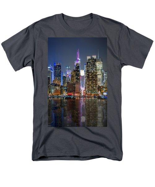 Super Moon At 42nd Street  Men's T-Shirt  (Regular Fit) by Eduard Moldoveanu