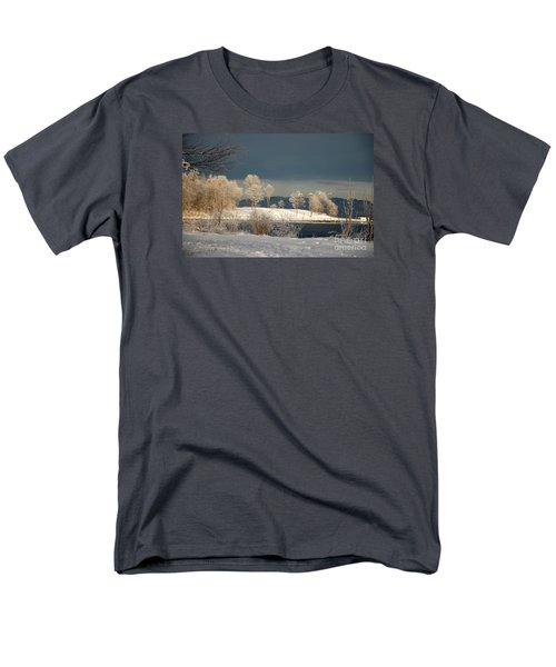 Men's T-Shirt  (Regular Fit) featuring the photograph Swans On A Frosty Day by Randi Grace Nilsberg