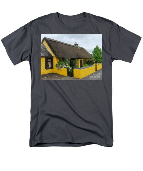 Thatched House Ireland Men's T-Shirt  (Regular Fit) by Brenda Brown