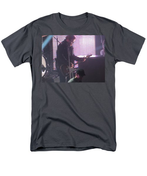 Men's T-Shirt  (Regular Fit) featuring the photograph The Leadsinger Of Newsong by Aaron Martens
