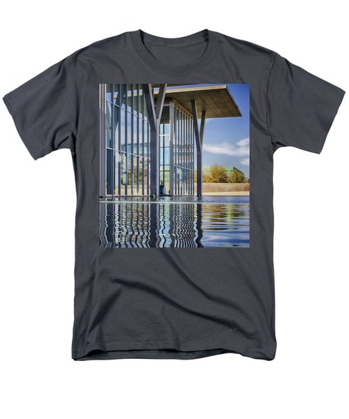The Modern Men's T-Shirt  (Regular Fit)
