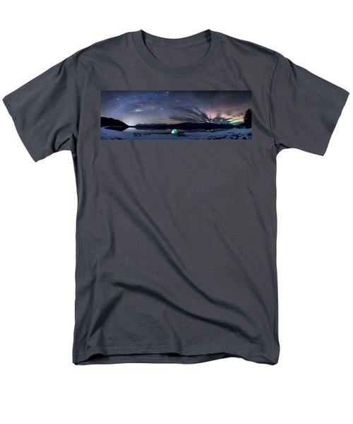 Under Big Skies Men's T-Shirt  (Regular Fit)