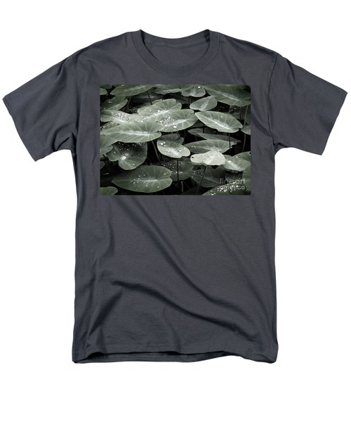 Men's T-Shirt  (Regular Fit) featuring the photograph Water On Ivy by Ellen Cotton