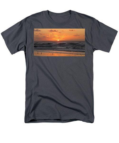 Wildwood Beach Here Comes The Sun Men's T-Shirt  (Regular Fit) by David Dehner