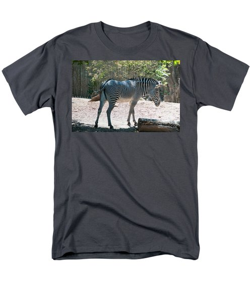 Lincoln Park Zoo In Chicago Men's T-Shirt  (Regular Fit) by Carol Ailles