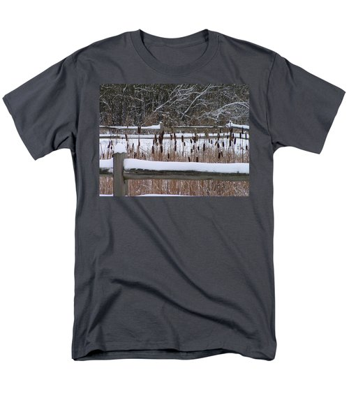Cattails In The Pond Men's T-Shirt  (Regular Fit)
