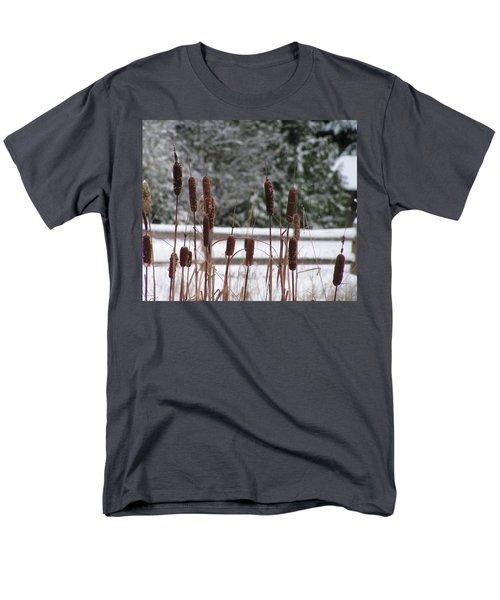 Cattails In Winter Men's T-Shirt  (Regular Fit)