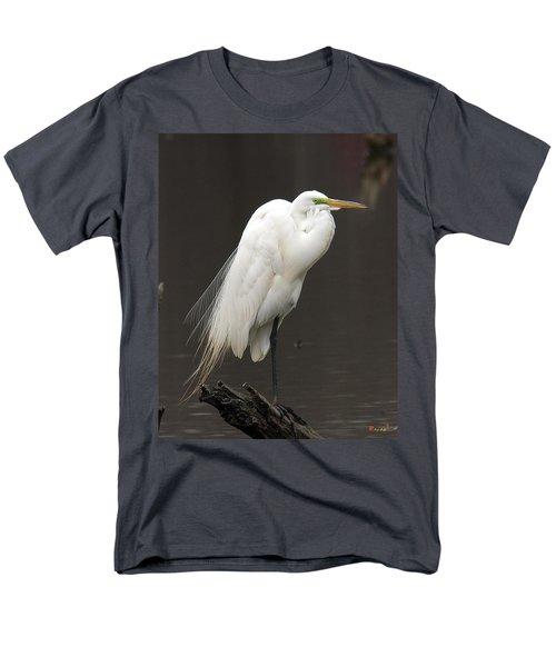 Men's T-Shirt  (Regular Fit) featuring the photograph Great Egret Resting Dmsb0036 by Gerry Gantt