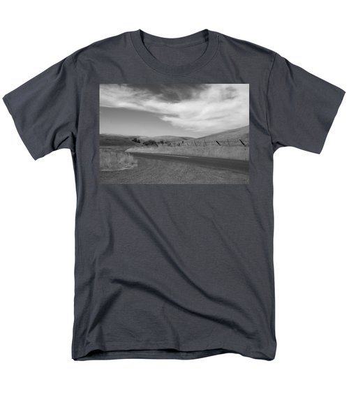 Men's T-Shirt  (Regular Fit) featuring the photograph Heading Inland by Kathleen Grace