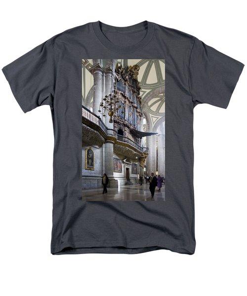 Music On High Men's T-Shirt  (Regular Fit) by Lynn Palmer