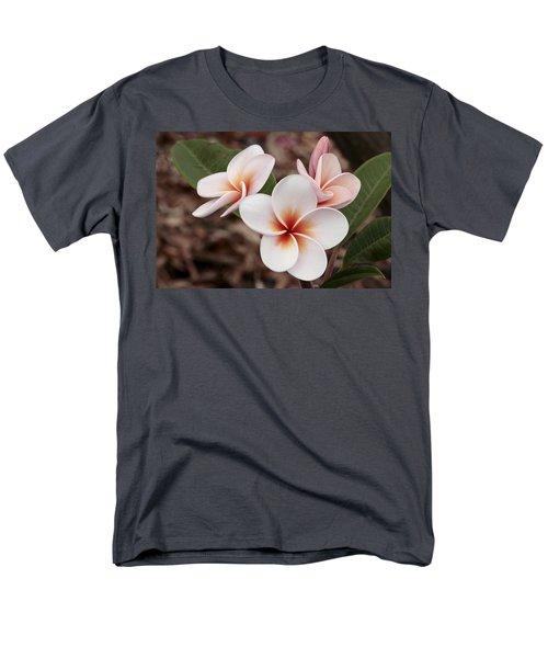 Plumeria   Kona Hawii Men's T-Shirt  (Regular Fit) by James Steele