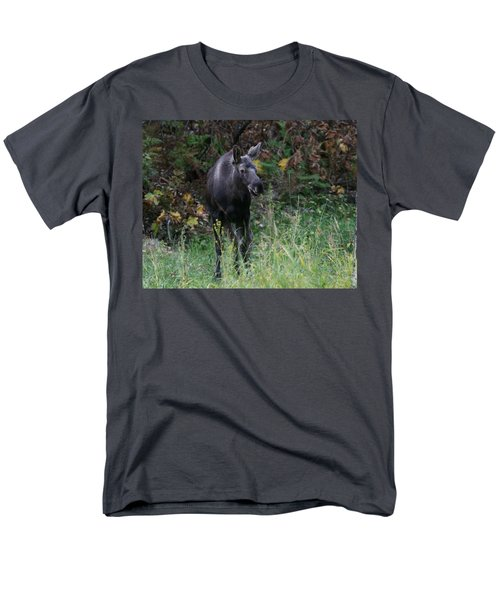 Men's T-Shirt  (Regular Fit) featuring the photograph Sweet Face by Doug Lloyd