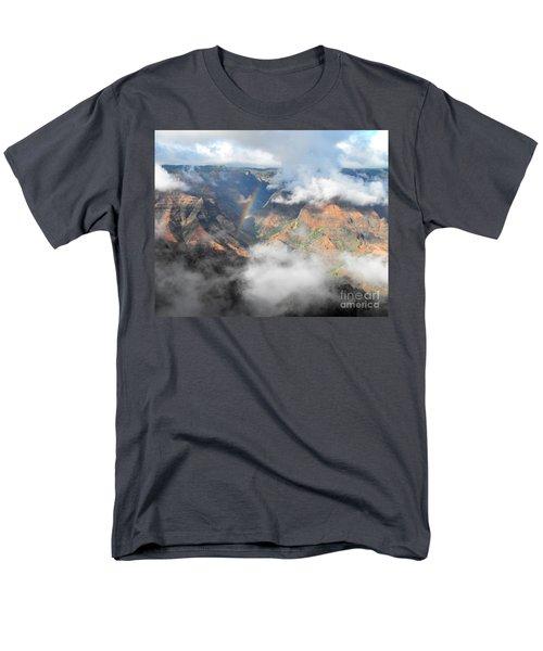 Waimea Canyon Rainbow Men's T-Shirt  (Regular Fit) by Rebecca Margraf