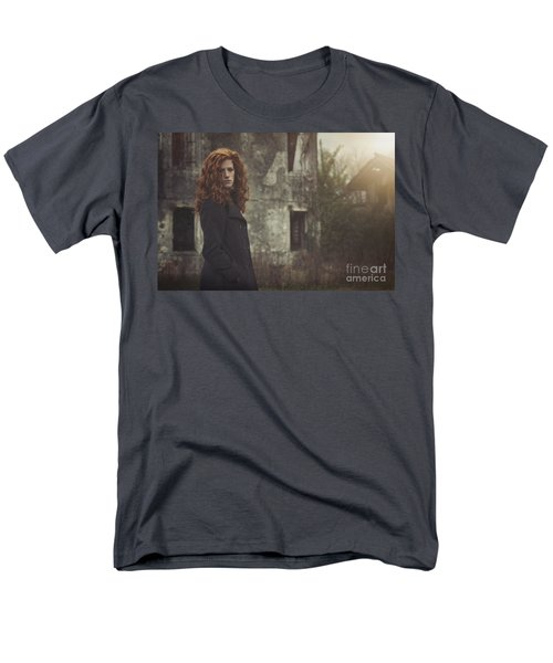 Des Poussieres De Toi Men's T-Shirt  (Regular Fit) by Traven Milovich