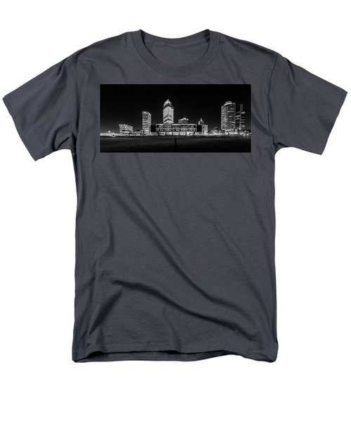 Men's T-Shirt  (Regular Fit) featuring the photograph Milwaukee County War Memorial Center by Randy Scherkenbach