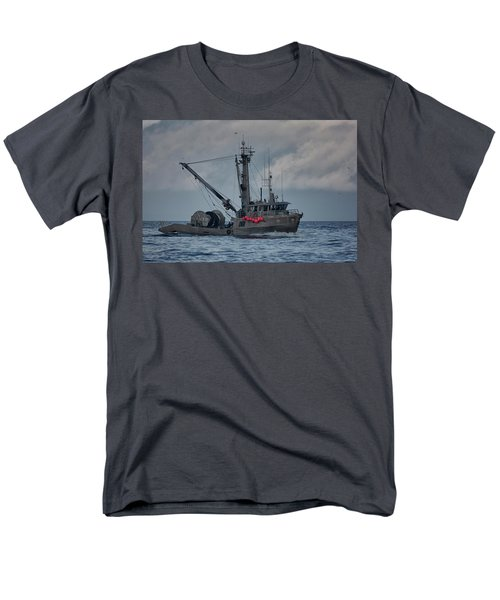 Men's T-Shirt  (Regular Fit) featuring the photograph Prosperity by Randy Hall