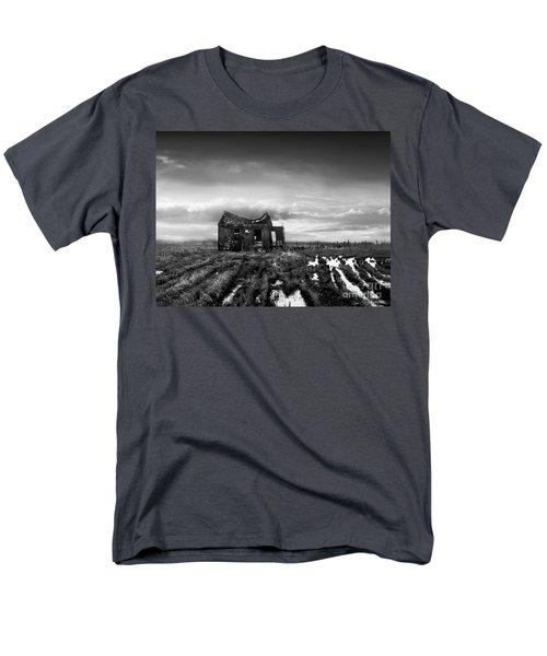 The Shack Men's T-Shirt  (Regular Fit) by Dana DiPasquale