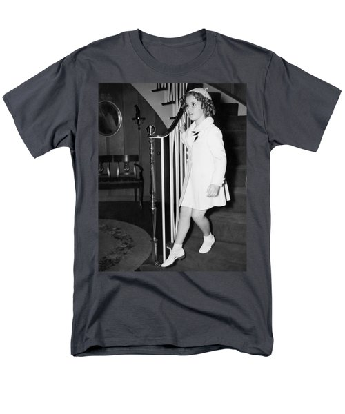 Actress Shirley Temple Men's T-Shirt  (Regular Fit) by Underwood Archives